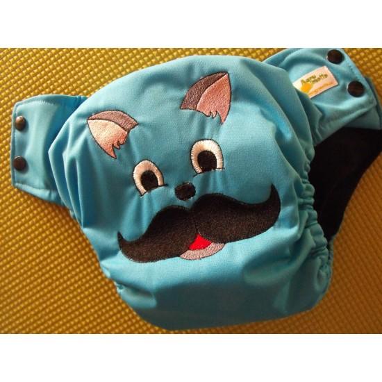 Couche moustache à poche