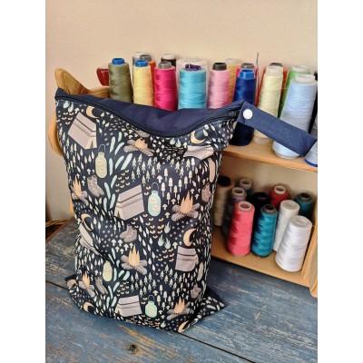 Sac imperméable ( wetbag ) MOYEN (12 x 17 pouces) - tissus au choix
